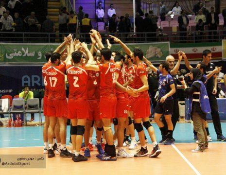 <h5>گزارش تصویری مسابقات والیبال انتخابی مردان جهان – اردبیل</h5><br><div> ... </div>